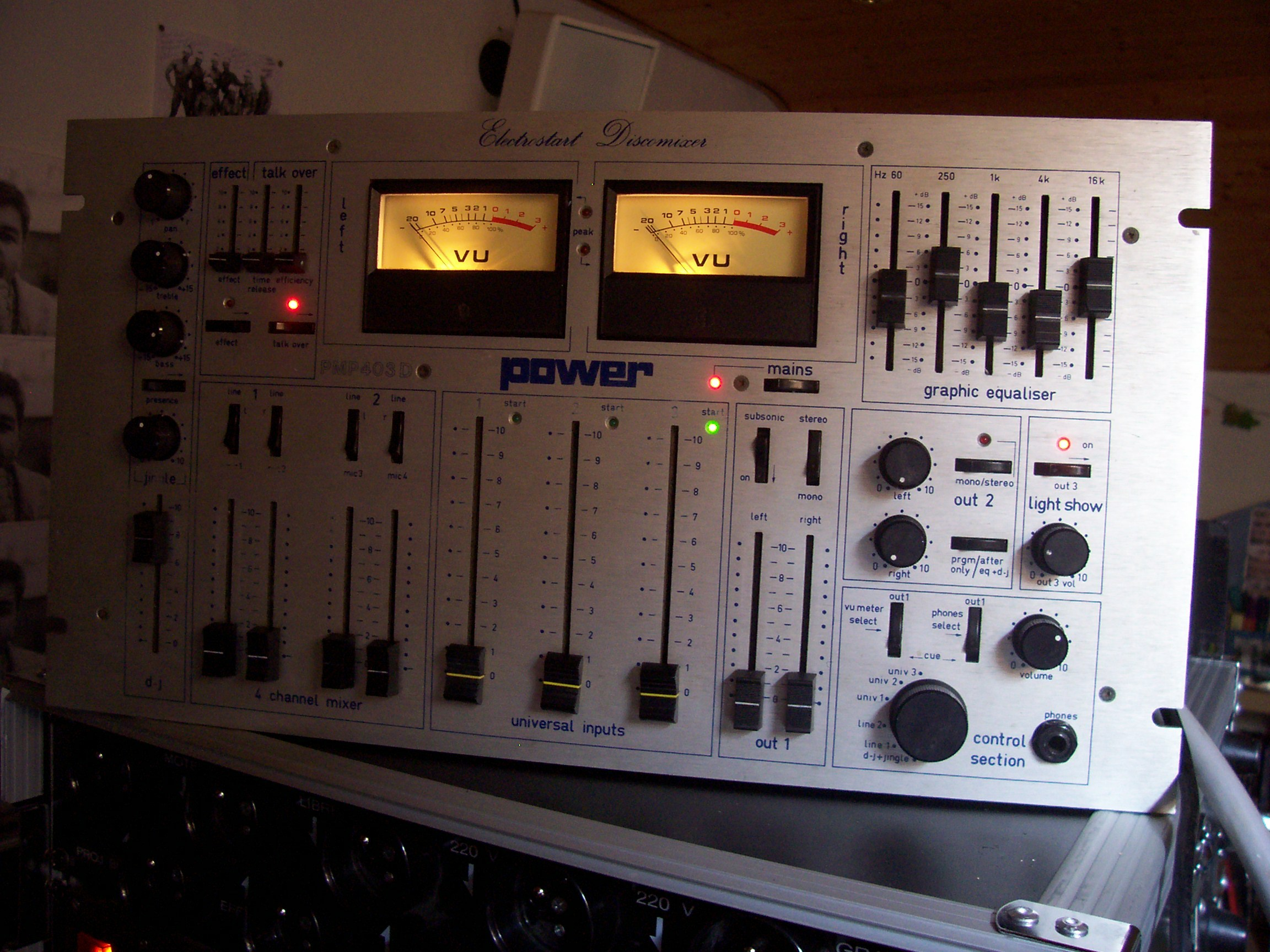 Table de mixage POWER 403
